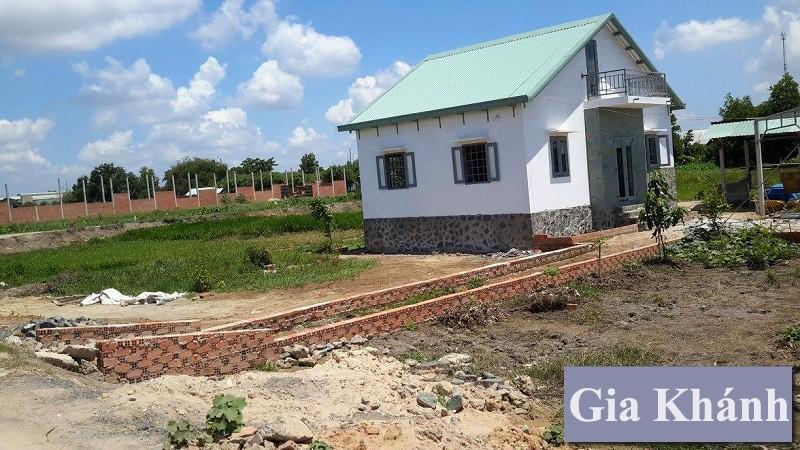 Xây nhà tạm trên đất quy hoạch treo có được Cấp phép không ?